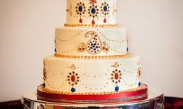 mehndi henna india wedding cake red blue gold