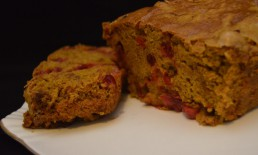 Pumpkin cranberry bread
